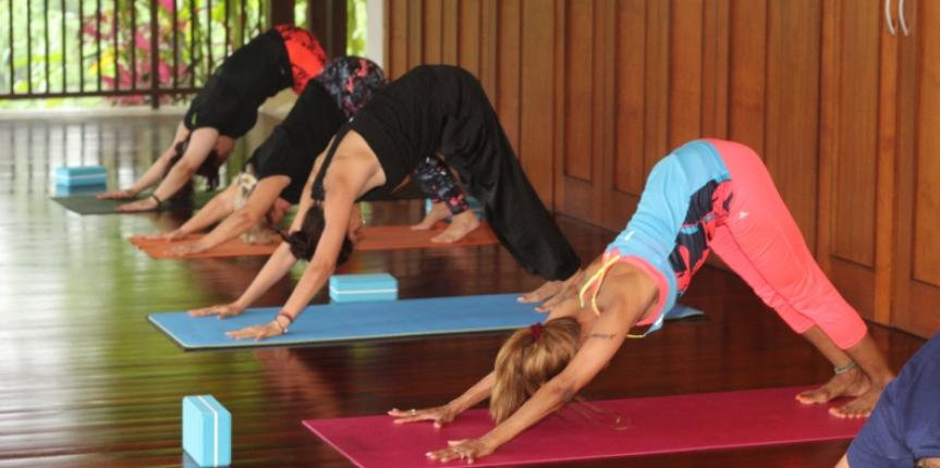 7 Reasons Why You Should Go on a Yoga Retreat This Summer