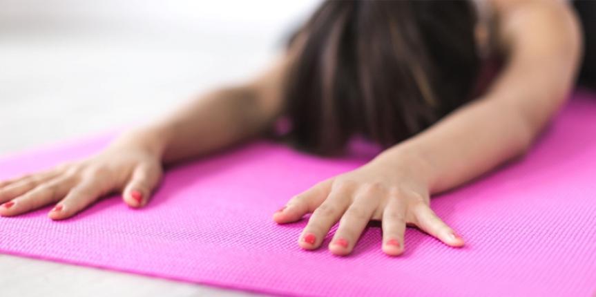How To Choose A Yoga Mat : 8 Useful Tips
